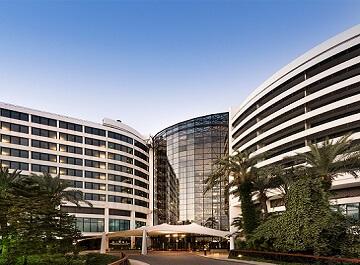 همه چیز در مورد هتل ریکسوس داون تاون آنتالیا