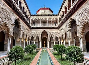 قصر آلکازار سویل زیباترین معماری اروپایی و اسلامی در اسپانیا