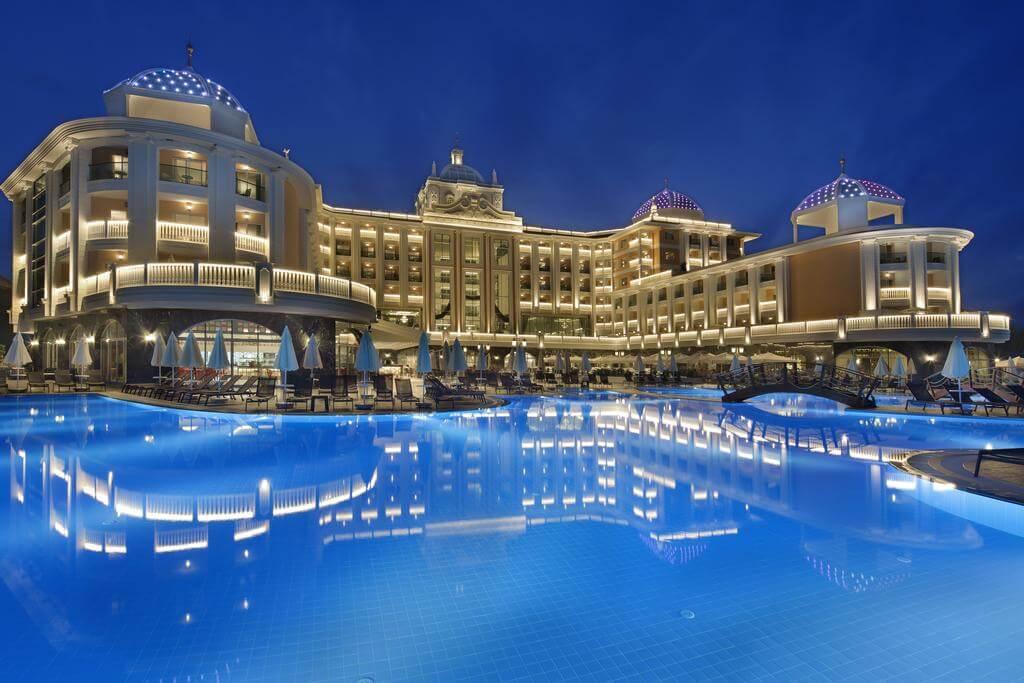 هتل litore resort