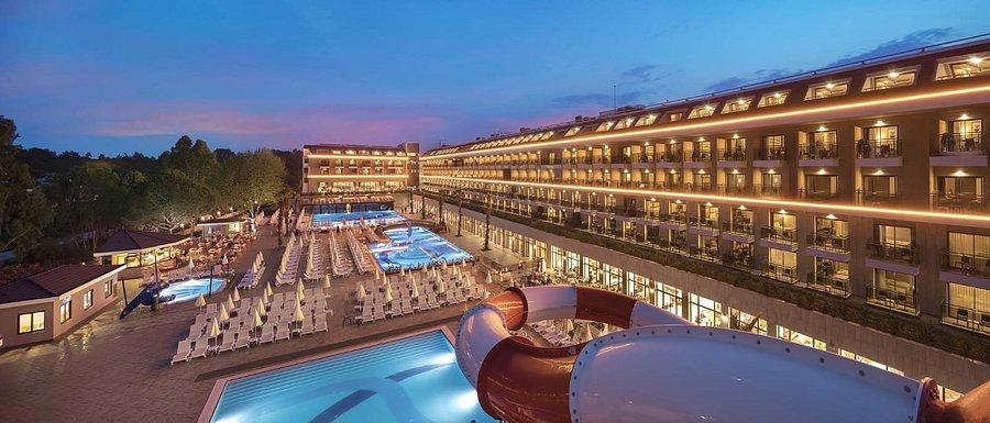 هتل AYDINBEY QUEENS PALACE