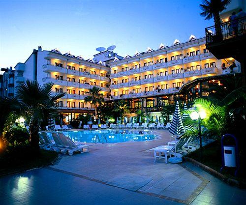 هتل PINETA CLUB