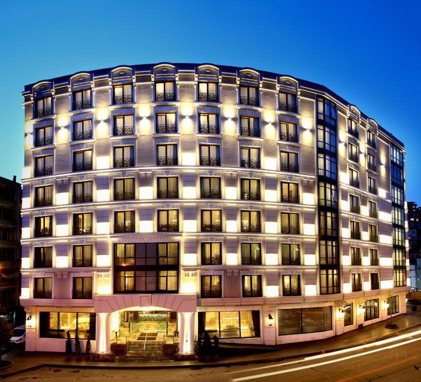 هتل İstanbul Dora