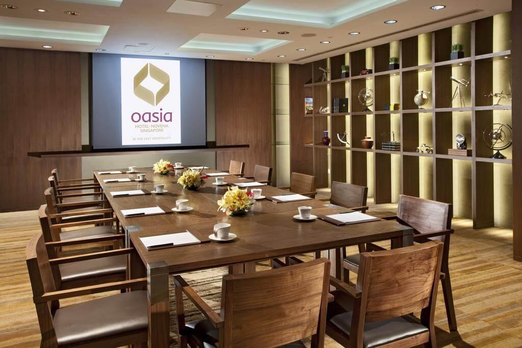 هتل Oasia novena