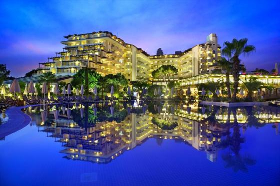 هتل bellis deluxe hotel