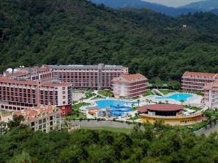 هتل GREEN NATURE RESORT