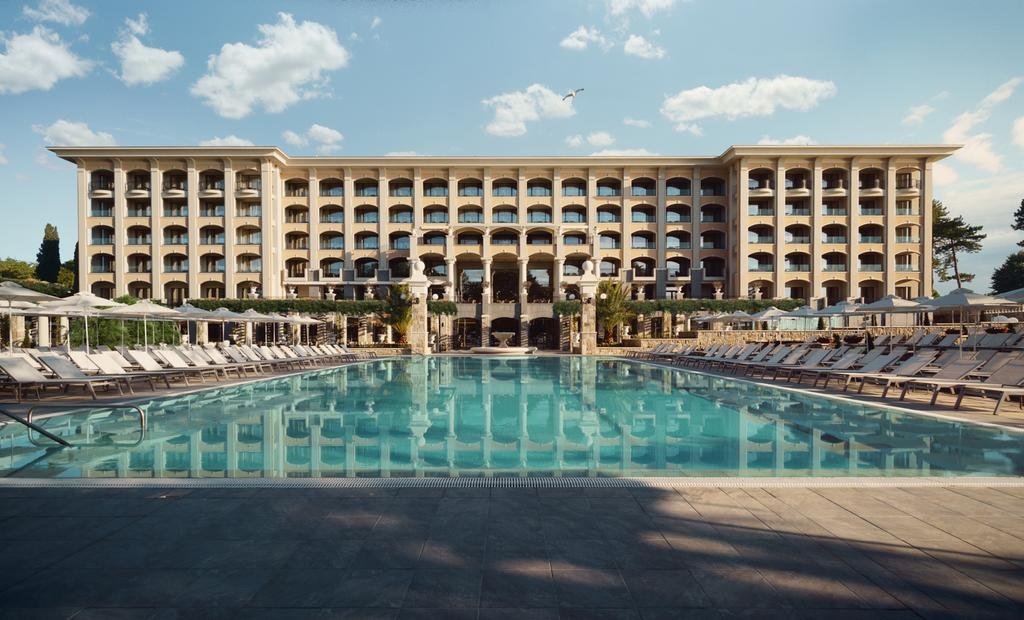 هتل astor garden hotel varna
