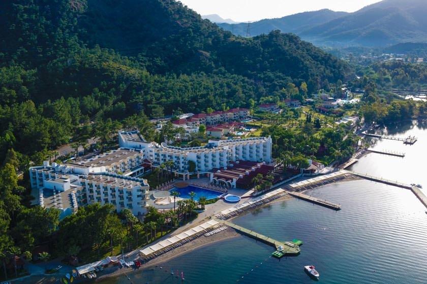 هتل FORTEZZA BEACH RESORT