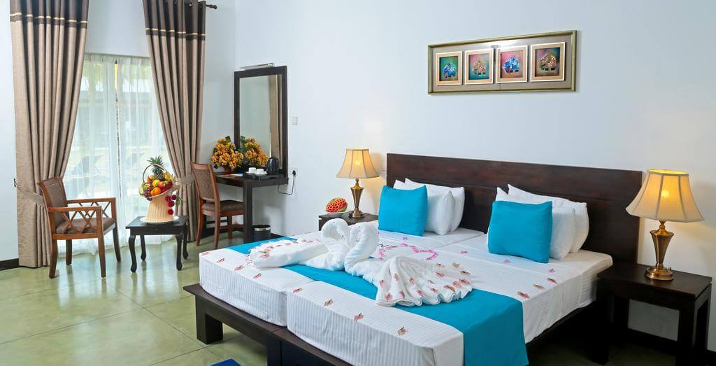هتل coco royal beach