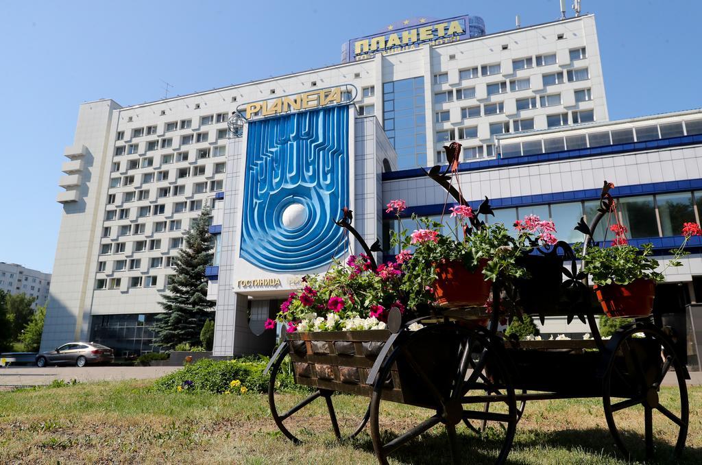 هتل  Planeta minsk