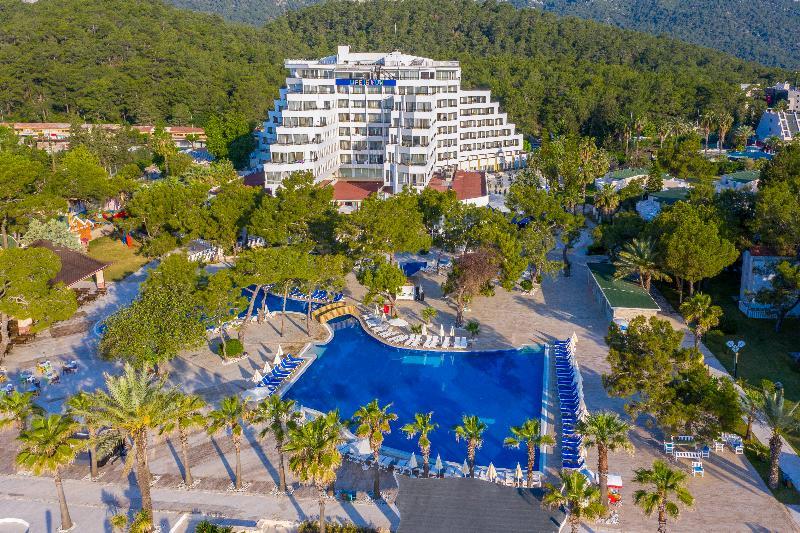 هتل FUN & SUN COMFORT BEACH