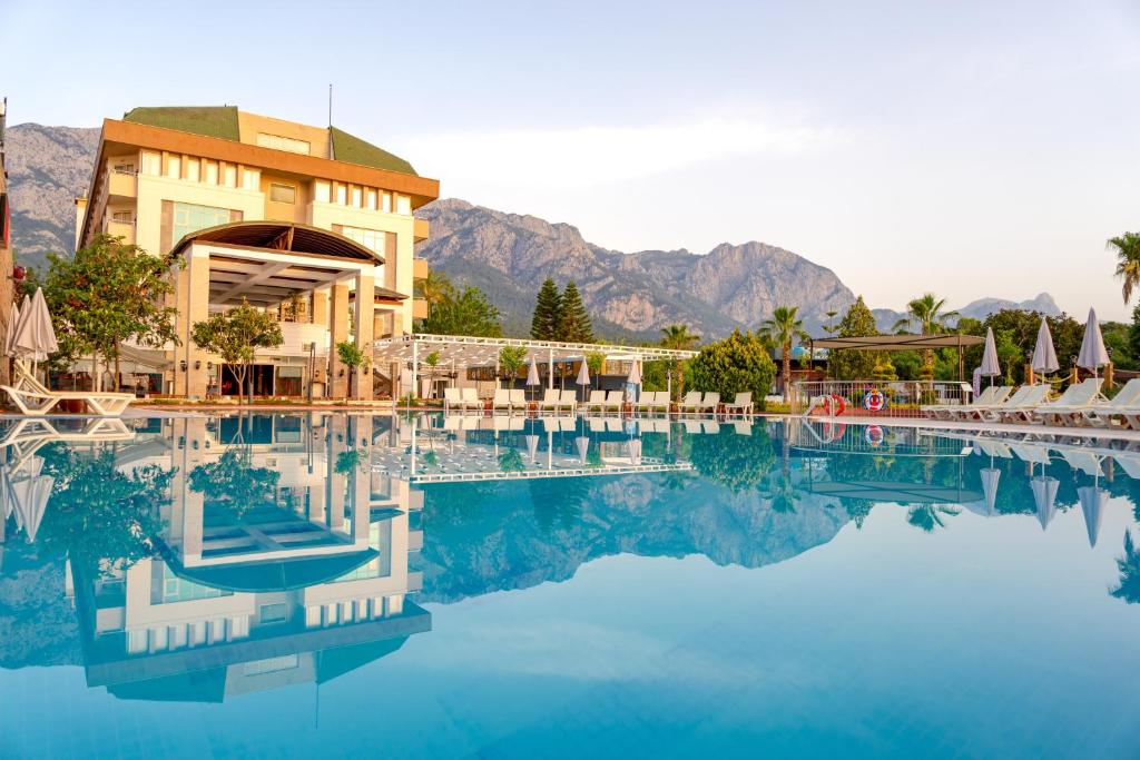هتل Armas Gul Beach