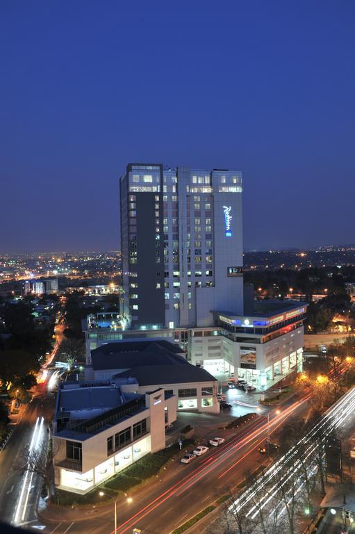 هتل radisson blu hotel sandton