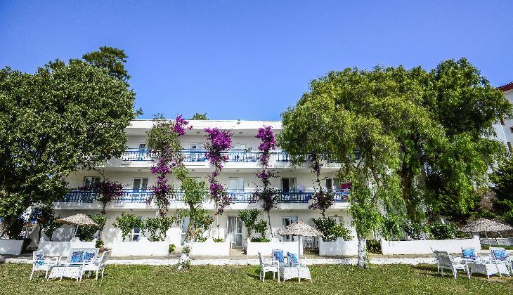هتل CLUB BLUE WHITE