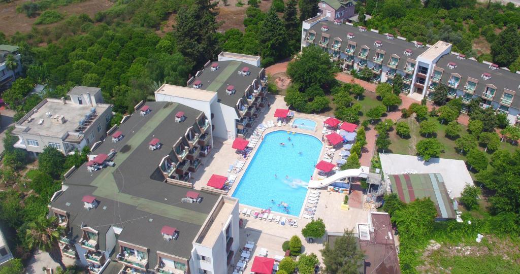 هتل Monna Roza Garden