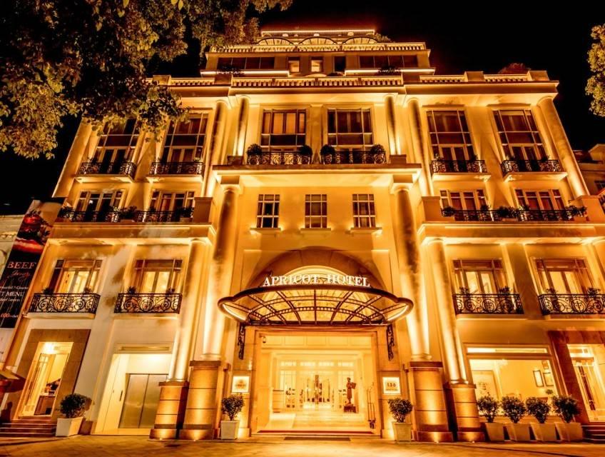 هتل apricot hotel