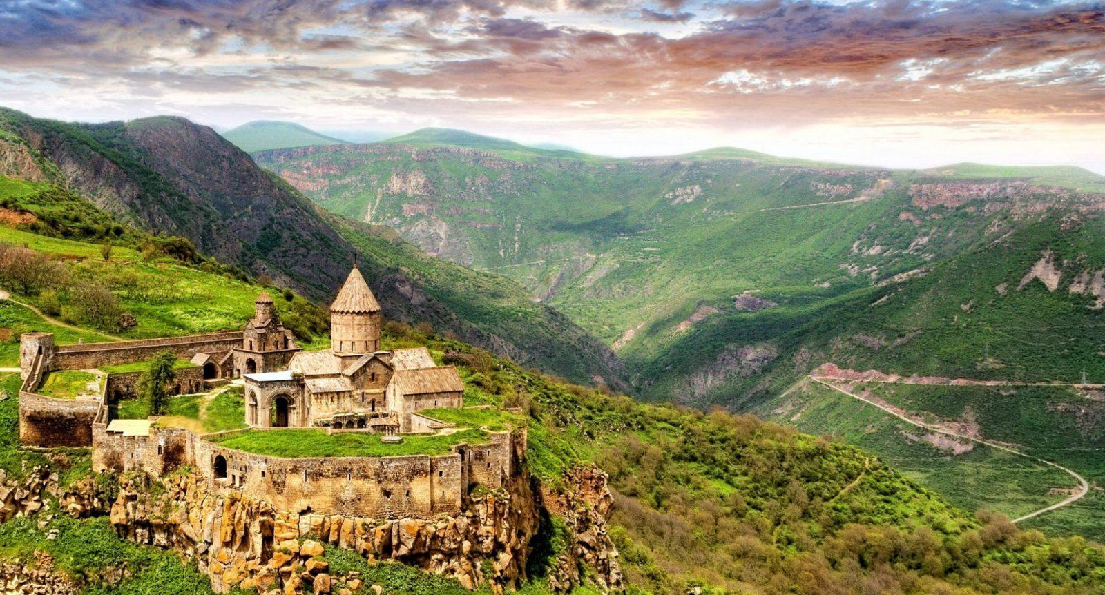 تور ارمنستان تابستان